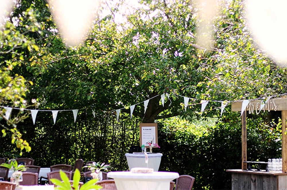 festival arrangement bruiloft